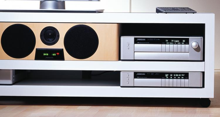 Music-server-entertainment