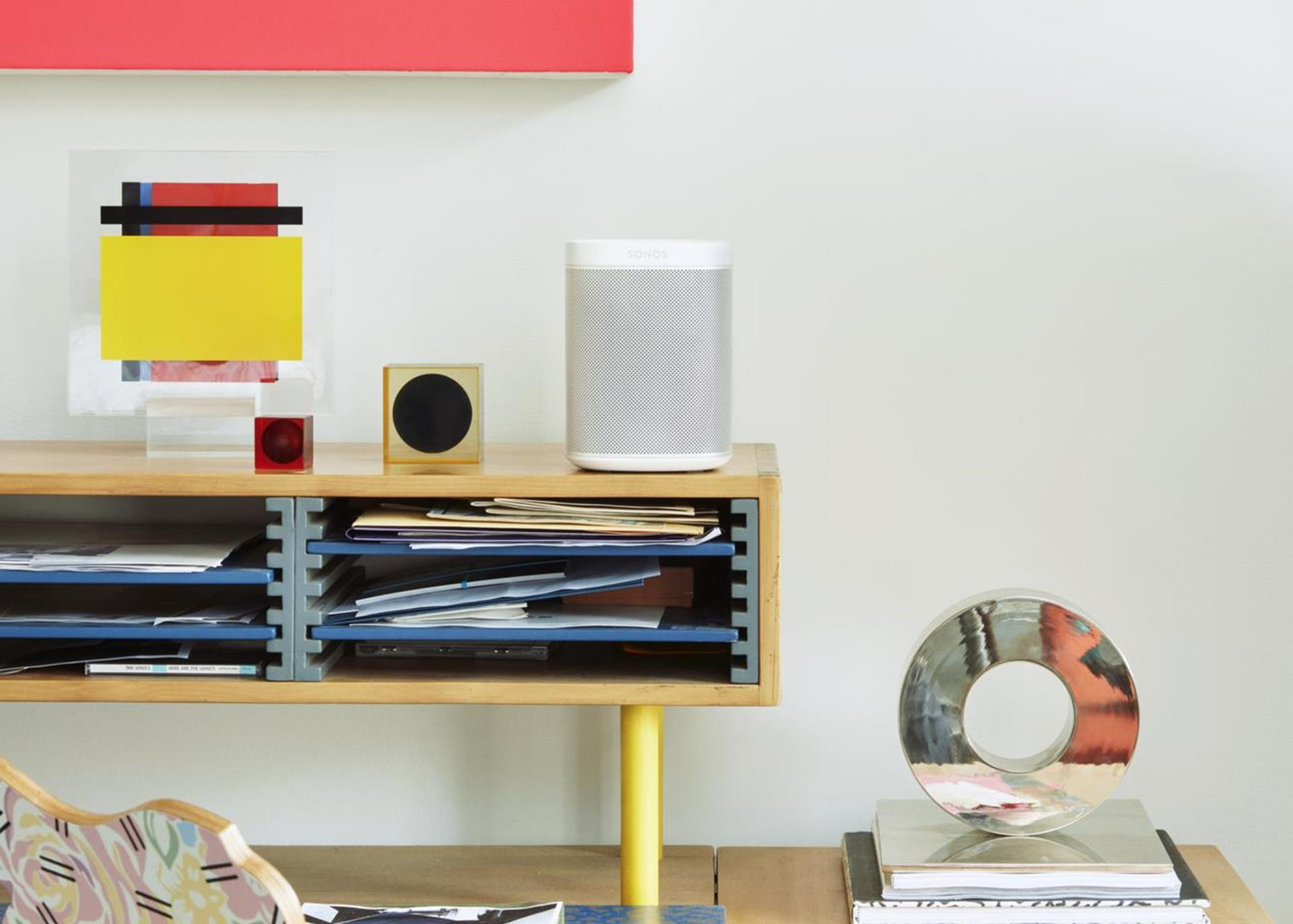 Sonos-One-On-Shelf