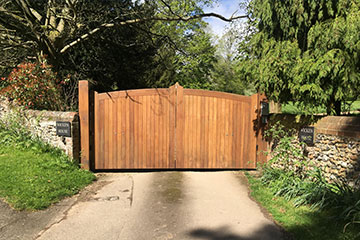 wicken-house-gate-closed